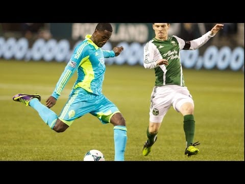 GOAL: Eddie Johnson rises for the header | Portland Timbers vs Seattle Sounders FC