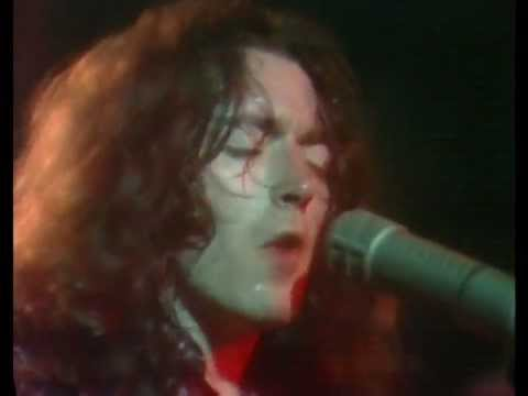 RORY GALLAGHER - a million miles away - Montreux 1977 (HQ)