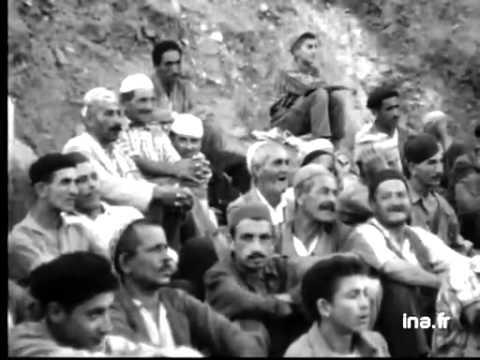 Spectacle théâtral au Djurdjura en 1959