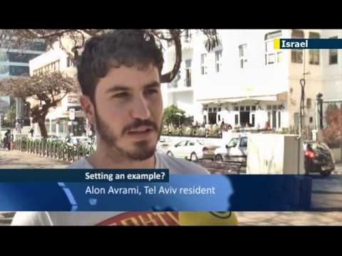 Israelis react to Netanyahu's son's involvement with a non-Jew
