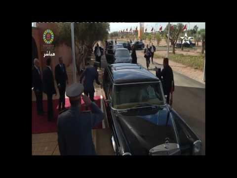 محمد السادس يصل إلى مكان تنظيم مؤتمر كوب 22 بمراكش +فيديو