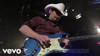 Brad Paisley - She's Everything (Live on Letterman)