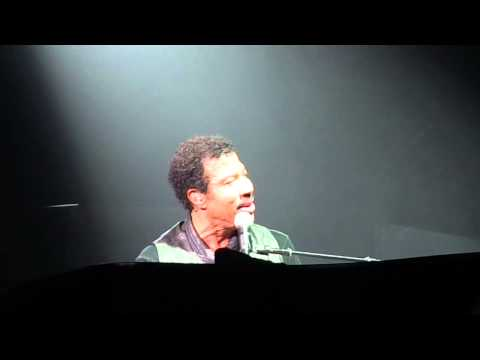 Lionel Richie - Hello - Caesar's Windsor Ontario - Oct 3, 2013