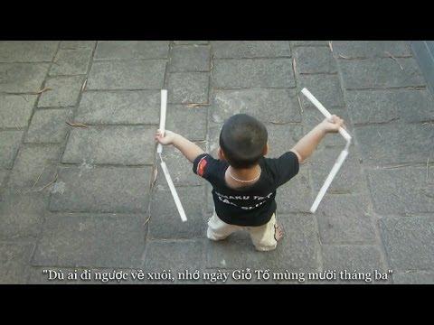 Múa côn nhị khúc tại Đền Hùng   Gia Huy 4 tuổi   Nunchaku kid