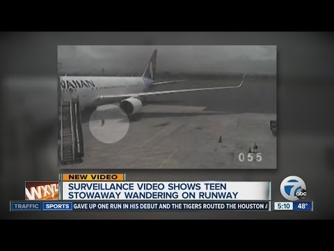 Teen Stowaway caught on surveillance video leaving plan