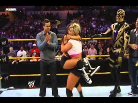 John Cena and AJ Lee kiss after Cena's victory  - YouTube