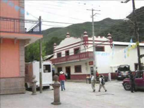 En Palomas, Xichú, Guanajuato-2011