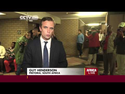 Oscar Pistorius Throws-up as Post-Moterm is Read