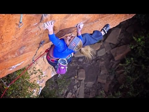 Sasha DiGuilian's HUGE First Ascent of 'Rolihlahla', South Africa | EpicTV Climbing Daily, Ep. 242