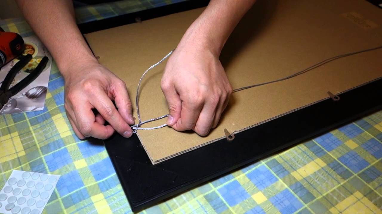 How to hang a picture frame youtube How to hang a heavy picture frame without nails