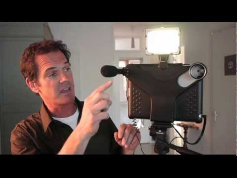 iPad Tripod: Movie Mount (video accessory)