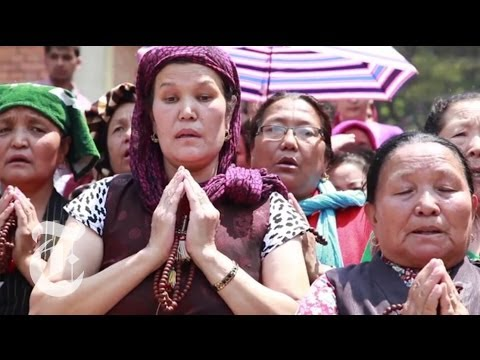 Everest Avalanche: Nepal Mourns Sherpa Victims | The New York Times
