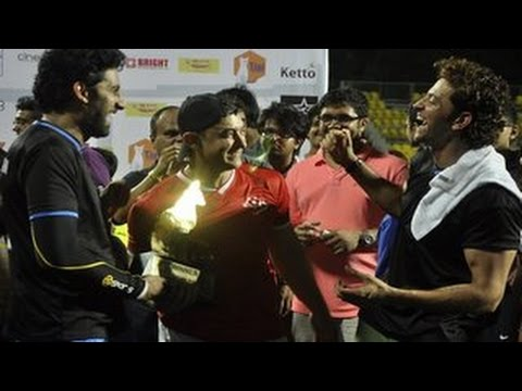 Aamir Khan, Hrithik Roshan, Abhishek Bachchan & Salman Khan @ Charity Football Match