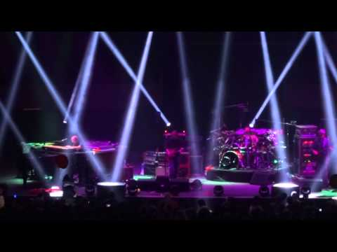ảnh trong video Phish | Tweezer - Hampton, VA - 10-20-2013 (HD