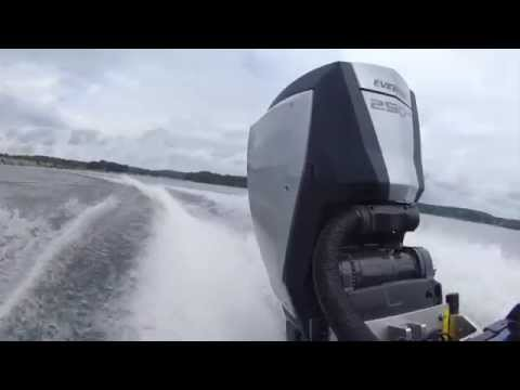 Evinrude E-TEC G2 Test Drive