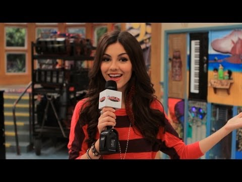 Victoria Justice Takes Us on a Tour of Victorious!