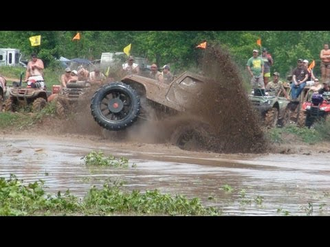 VIOLENT RIDE IN SICK JEEP AT MUDFEST!