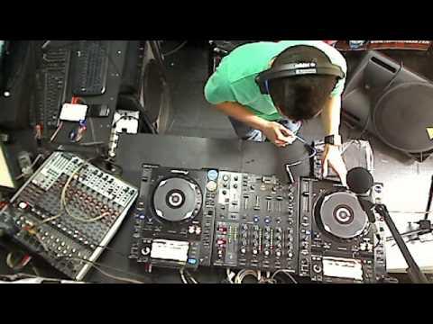 transporting radio show by Dj Tusso Invitado Santiago Moreno