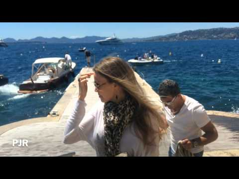Revelation (Antonio Banderas and Girlfriend Antibes France 2014)