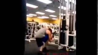 Haciendo el tonto en el gym