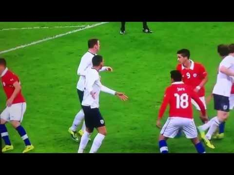 Jara headbutt on smalling vs Chile (HD 720p)