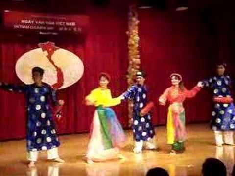 Trong Com - Vietnam Cultural Day 2007