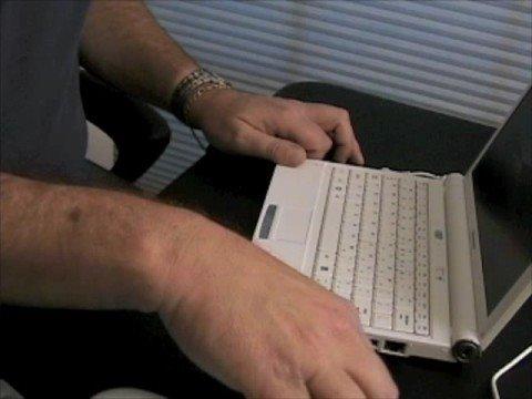 jkOnTheRun- Lenovo IdeaPad S10 netbook