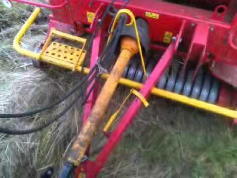 Akcja belowanie na mokrej łące zetor 6340 i metal fach z-562 cz1