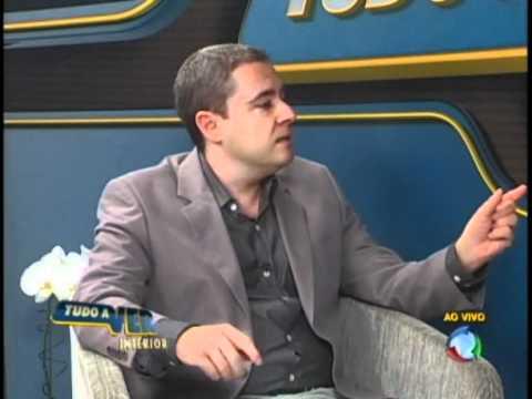 Entevista - Adriano Fabri