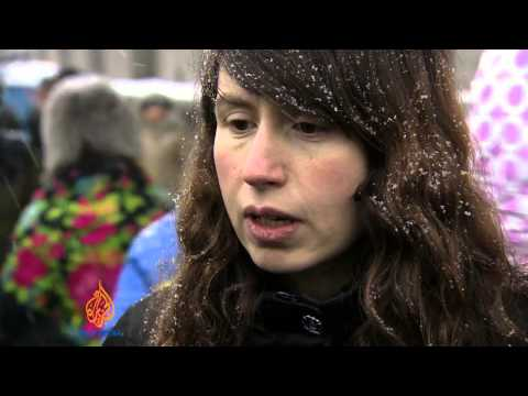 Riot police withdraw from Ukraine protests