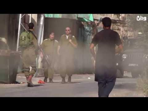 الخليل: قوات الاحتلال اغلقت منزل بشارع الشهداء على أصحابه بلحام كهربائي