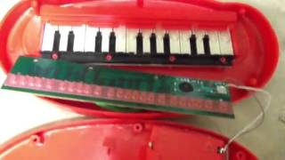 Repairing a Toy Mini Electric Piano by Schylling