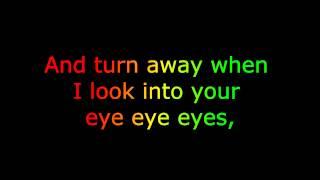 "One Direction ""What Makes You Beautiful"" [LYRICS+FREE"