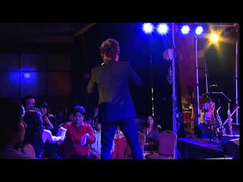 TUAN HUNG- Cau Vong Khuyet ( Live Shows )