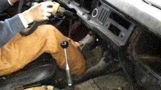 Purgar los frenos de un coche
