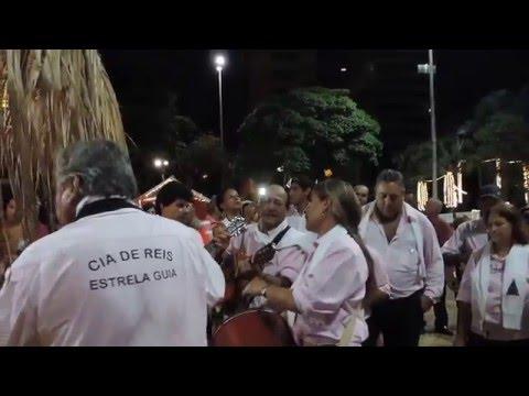 Dom Milton abençoa presépio da Praça Francisco Barretos - 2015