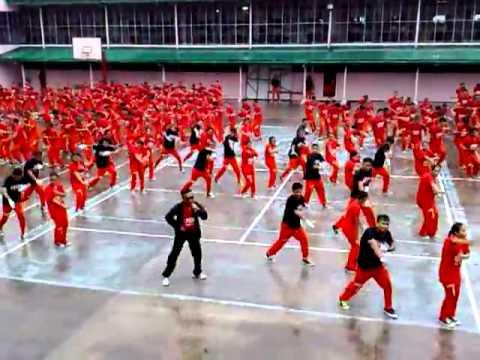 Tù Nhân Cebu Philippines nhảy Gangnam Style - Dealsoc.vn