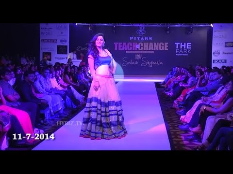 Isha Talwar Sizzles on the Ramp