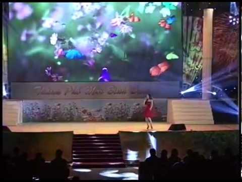 Con Bướm Xuân - Hiền Thục ( LIVE ) - Chào Năm Mới 2014
