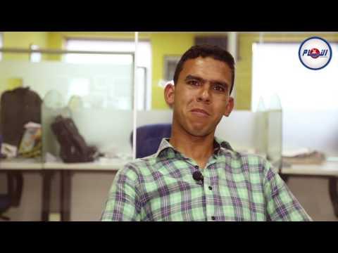 إعلاميون مغاربة بصوت أشهر مقلد أصوات مغربي