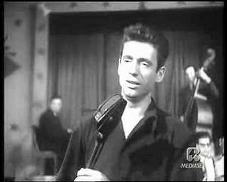 yves montand les feuilles mortes youtube. Black Bedroom Furniture Sets. Home Design Ideas
