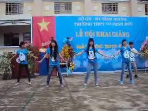 Nhảy Hiện Đại Day by Day - Khai giảng Võ Minh Đức 2012 - 2013