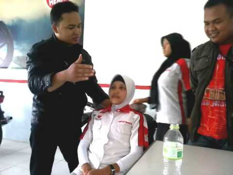 Hipnotis cepat at Showroom Honda Langgeng Kragan Rembang by Neezzar