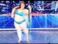 Mujer de cien kilos se luce en sensual baile del tubo