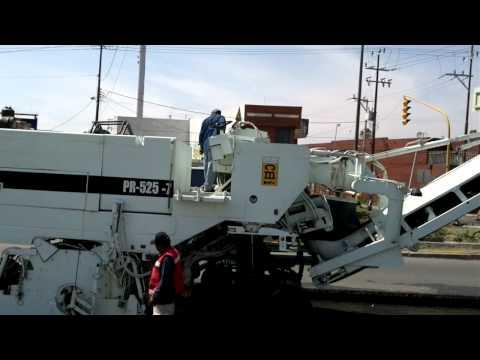 Perfiladora TEREX PR-525-7 maquinaria pesada trabajando