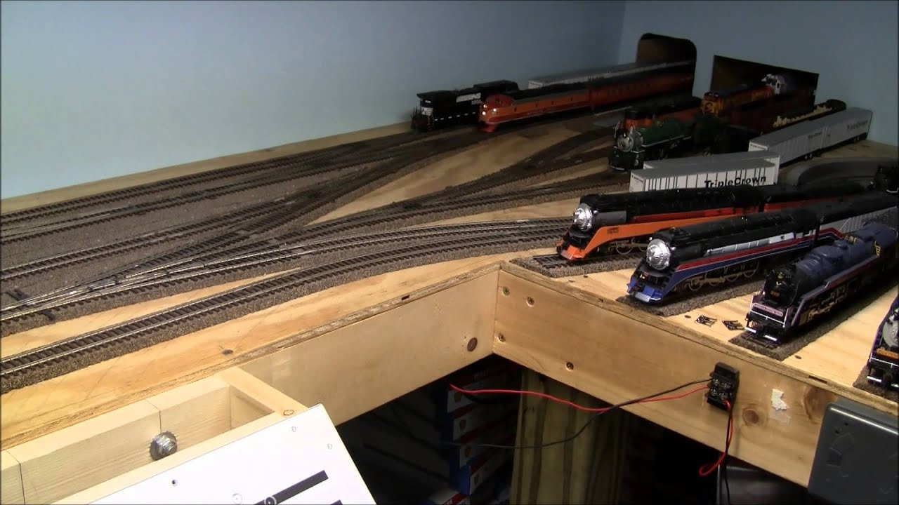 How to build a train layout in a small space youtube - Ho train layouts for small spaces image ...