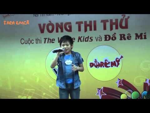 Chiếc Khăn Piêu  cực hay của bé Mai Chí Công  The Voice Kids   Taca Emca