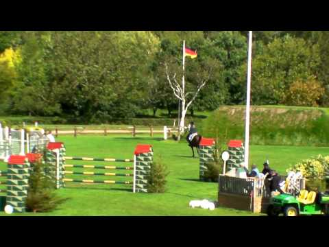 Our Duchess at Hickstead, rider Nicole Pavitt, owned by Candice Farmer