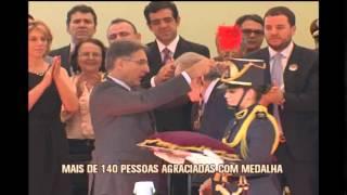 Protestos marcam entrega da medalha da Inconfid�ncia