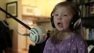 """Maddie And Zoe Sing """"Let It Go"""" From Disney's """"Frozen"""